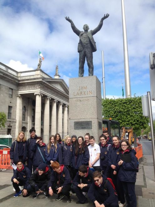 TY Students outside the GPO on their Neo-classical tour of central Dublin Photo: Ms. Donohoe