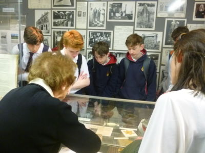 TY students visit Jewish Museum